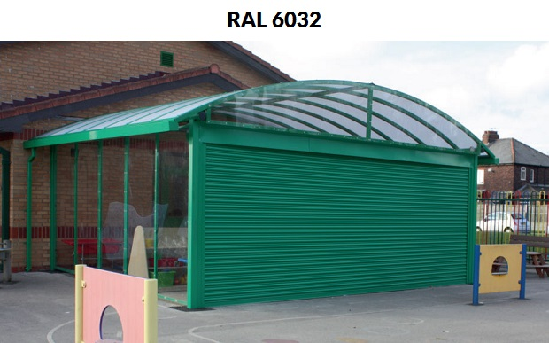 wiata w kolorze RAL 6032