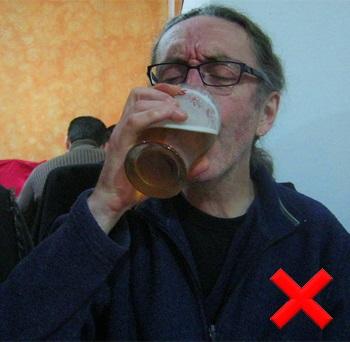 dziad z piwem