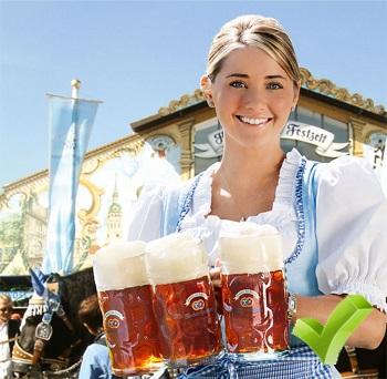 dziewczyna z piwem